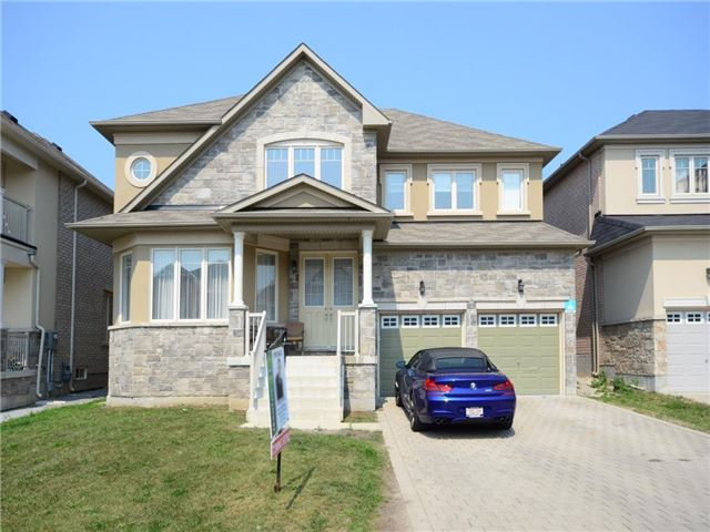 14 Farmhouse Cres Richmond Hill