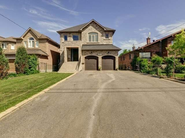 60 Oak Ave Richmond Hill