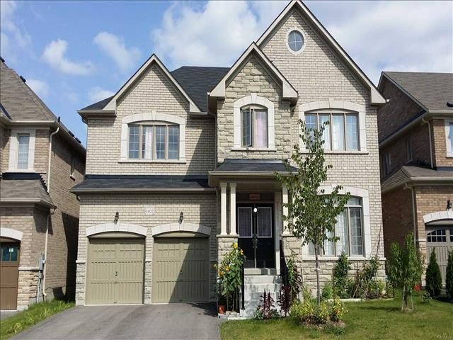 1022 Blackhall Cres